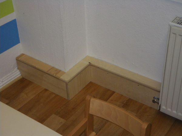 heizrohrabdeckung w rmed mmung der w nde malerei. Black Bedroom Furniture Sets. Home Design Ideas