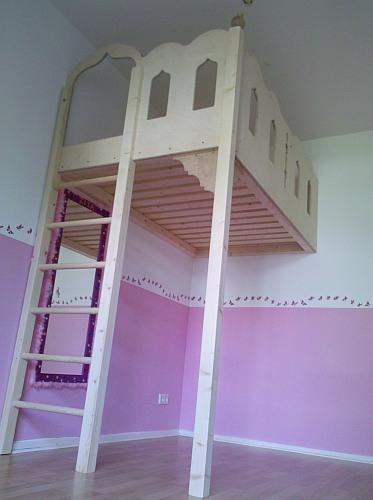 Bett An Der Wand Befestigen hochbetten kinderbetten und hochebenen mccarthy s individuelle